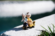 Souvenir mini statue of an old happy couple