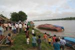 boat Camu-Camu is foundering